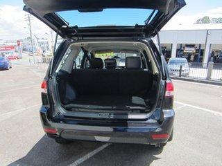 2009 Ford Escape Wagon.