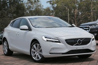2017 Volvo V40 D4 Adap Geartronic Inscription Hatchback.