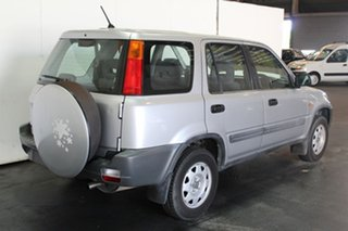 1999 Honda CR-V (4x4) Wagon.