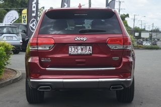 2013 Jeep Grand Cherokee Summit Wagon.
