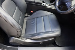 2012 Mercedes-Benz E250 BlueEFFICIENCY 7G-Tronic + Avantgarde Cabriolet.