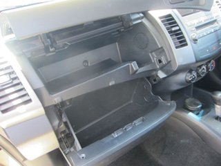 2006 Mitsubishi Outlander LS Wagon.