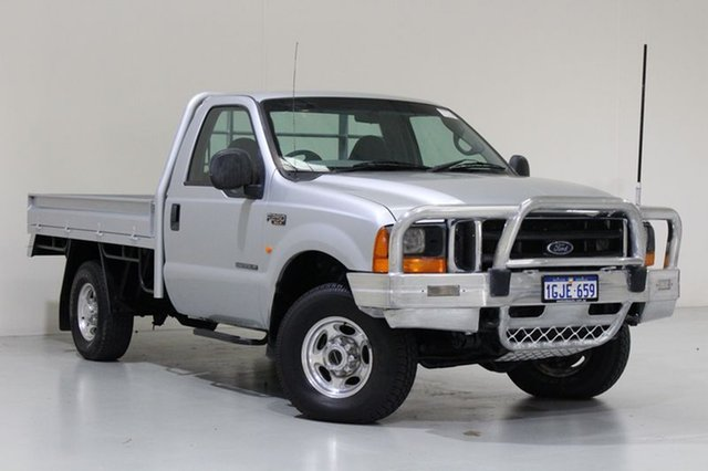Used Ford F250 XLT (4x4), Bentley, 2003 Ford F250 XLT (4x4) Cab Chassis