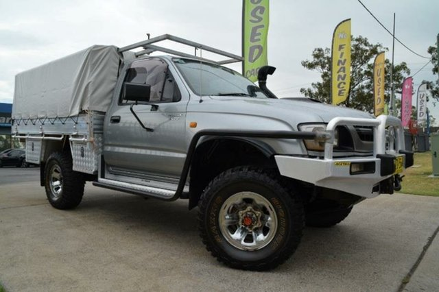 Used Toyota Hilux (4x4), Mulgrave, 2002 Toyota Hilux (4x4) Cab Chassis