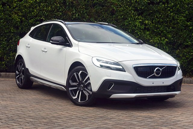 Discounted Demonstrator, Demo, Near New Volvo V40 Cross Country T5 Adap Geartronic AWD Inscription, Southport, 2017 Volvo V40 Cross Country T5 Adap Geartronic AWD Inscription Hatchback