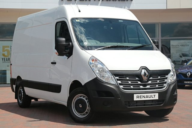 Discounted Demonstrator, Demo, Near New Renault Master Mid Roof MWB AMT, Southport, 2017 Renault Master Mid Roof MWB AMT Van