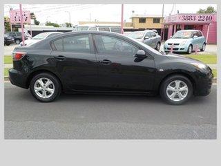 2009 Mazda 3 Maxx Sedan.