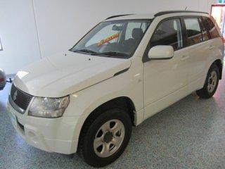2006 Suzuki Grand Vitara 4x4 Wagon.