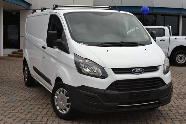 Discounted Demonstrator, Demo, Near New Ford Transit Custom 340L Low Roof LWB, Southport, 2017 Ford Transit Custom 340L Low Roof LWB Van