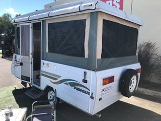 2000 Jayco Penguin 13' with Air Condtioning Camper Trailer.