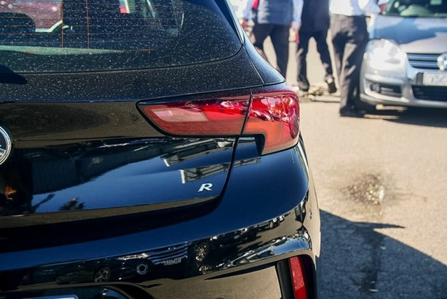 Used Holden Astra R, Oakleigh, 2017 Holden Astra R BK MY17 Hatchback