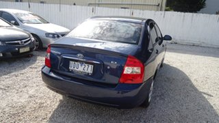 2005 Kia Cerato EX Sedan.