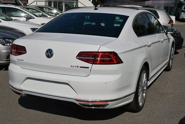New Volkswagen Passat 206TSI DSG 4MOTION R-Line, Southport, 2017 Volkswagen Passat 206TSI DSG 4MOTION R-Line Sedan