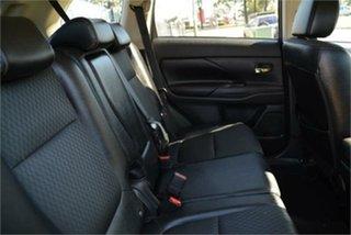 2014 Mitsubishi Outlander LS Wagon.