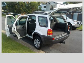 2004 Ford Escape XLS Wagon.