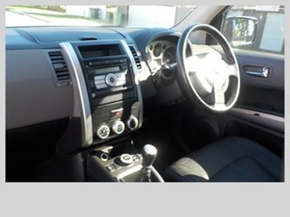 2009 Nissan X-Trail TI Wagon.