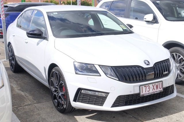 Demonstrator, Demo, Near New Skoda Octavia RS Sedan DSG 245, Bowen Hills, 2017 Skoda Octavia RS Sedan DSG 245 Liftback