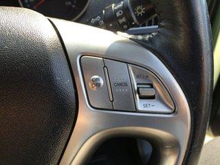 2010 Hyundai ix35 CRDi Hatchback.