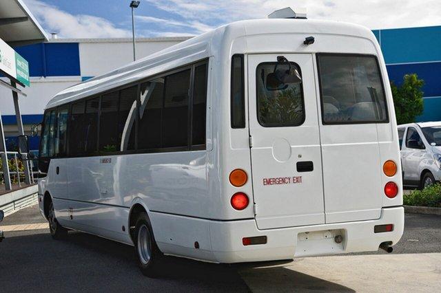 Mitsubishi Rosa DELUX, Robina, 2010 Mitsubishi Rosa DELUX Bus