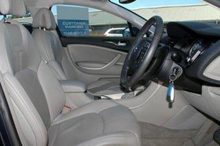 2009 Citroen C5 Comfort HDi Sedan.