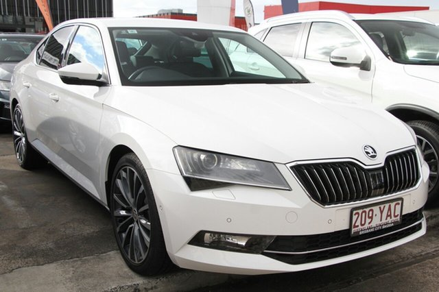 Demonstrator, Demo, Near New Skoda Superb 162TSI Sedan DSG, Bowen Hills, 2017 Skoda Superb 162TSI Sedan DSG Liftback