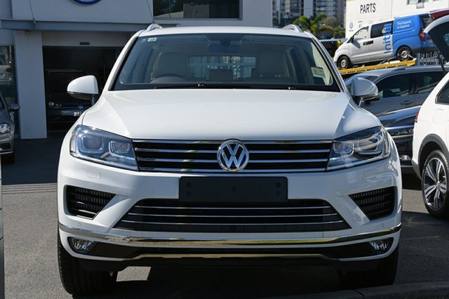 Demonstrator, Demo, Near New Volkswagen Touareg V6 TDI Tiptronic 4MOTION, Southport, 2017 Volkswagen Touareg V6 TDI Tiptronic 4MOTION Wagon