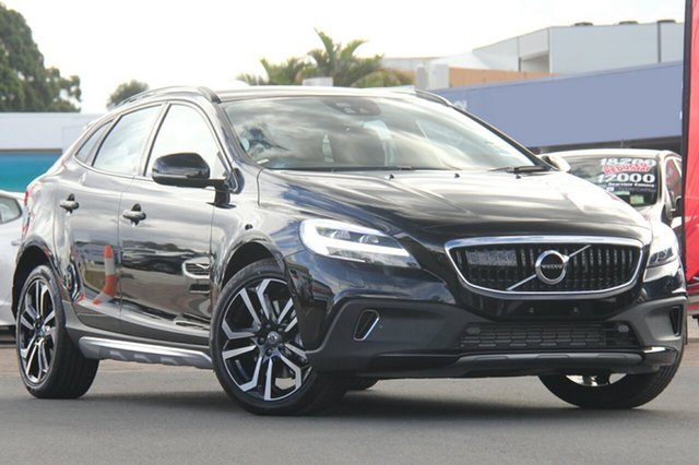 Discounted Demonstrator, Demo, Near New Volvo V40 Cross Country T5 Adap Geartronic AWD Pro, Southport, 2017 Volvo V40 Cross Country T5 Adap Geartronic AWD Pro Hatchback