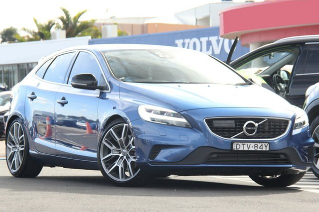 Discounted Demonstrator, Demo, Near New Volvo V40 T5 Adap Geartronic R-Design, Southport, 2017 Volvo V40 T5 Adap Geartronic R-Design Hatchback