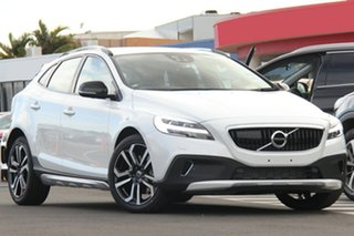 2017 Volvo V40 Cross Country D4 Adap Geartronic Pro Hatchback.