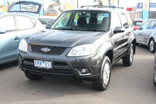 2010 Ford Escape Wagon.