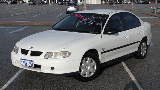 Used Holden Commodore Executive, Maddington, 2002 Holden Commodore Executive Sedan