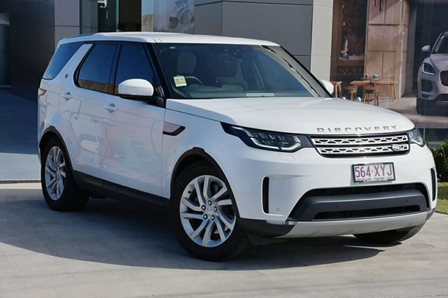 Demonstrator, Demo, Near New Land Rover Discovery, Southport, 2017 Land Rover Discovery Wagon