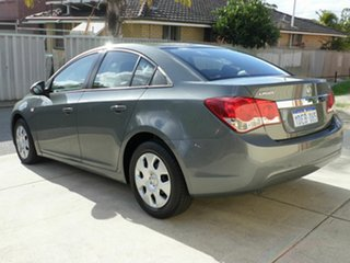 2009 Holden Cruze CD Sedan.