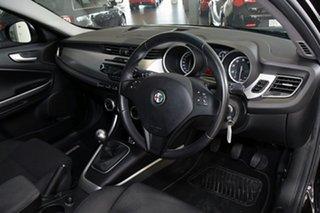 2013 Alfa Romeo Giulietta Hatchback.
