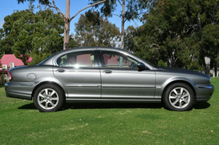 2005 Jaguar X-Type SE Sedan.