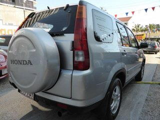 2002 Honda CR-V (4x4) Wagon.