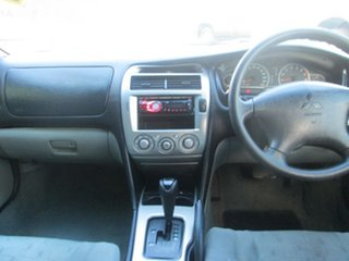 2005 Mitsubishi Magna ES Sedan.