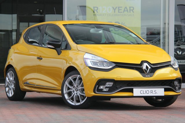 Discounted Demonstrator, Demo, Near New Renault Clio R.S. 200 EDC Sport, Southport, 2017 Renault Clio R.S. 200 EDC Sport Hatchback
