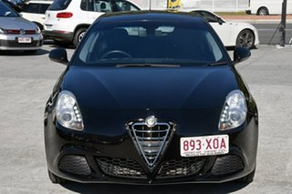 2013 Alfa Romeo Giulietta Progression Hatchback.