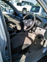 2014 Mitsubishi Triton GL Cab Chassis.