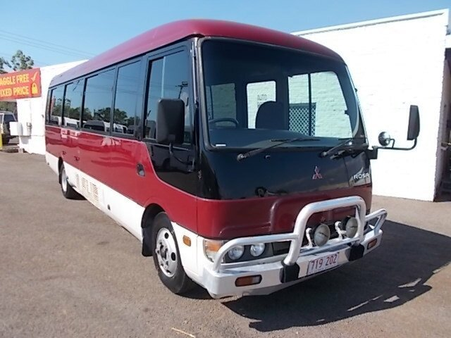 Discounted Mitsubishi Rosa, Winnellie, 2004 Mitsubishi Rosa Passenger Bus