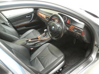 2006 BMW 325i Steptronic Sedan.