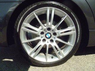 2007 BMW 320i Sedan.