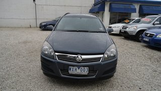 2009 Holden Astra CD Wagon.