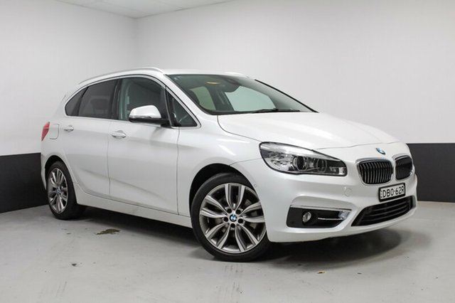 Used BMW 220i Luxury Line Active Tourer Steptronic, Cardiff, 2015 BMW 220i Luxury Line Active Tourer Steptronic Hatchback