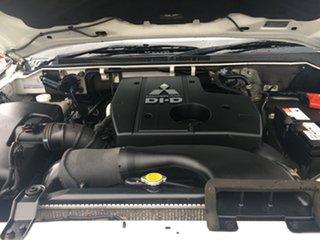 2008 Mitsubishi Pajero GLX Wagon.