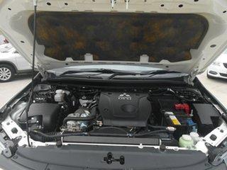2015 Mitsubishi Pajero Sport Exceed Wagon.