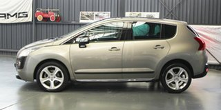 2011 Peugeot 3008 XSE SUV Hatchback.