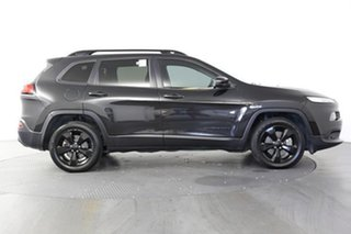 2015 Jeep Cherokee Blackhawk (4x4) Wagon.