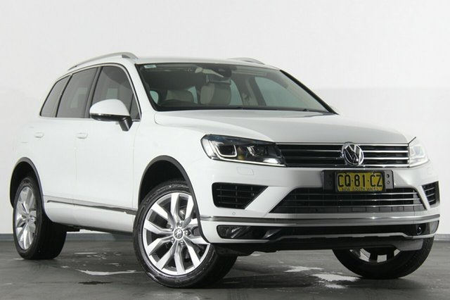 Discounted Used Volkswagen Touareg V6 TDI Tiptronic 4MOTION, Southport, 2015 Volkswagen Touareg V6 TDI Tiptronic 4MOTION SUV